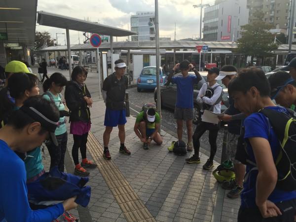 逗子駅前に集合して、スタッフ&参加者の自己紹介してからスタート。